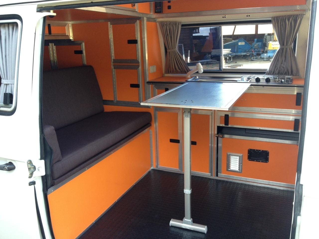 neuer innenausbau beim t3 cassandra camping vwbusforum ch. Black Bedroom Furniture Sets. Home Design Ideas