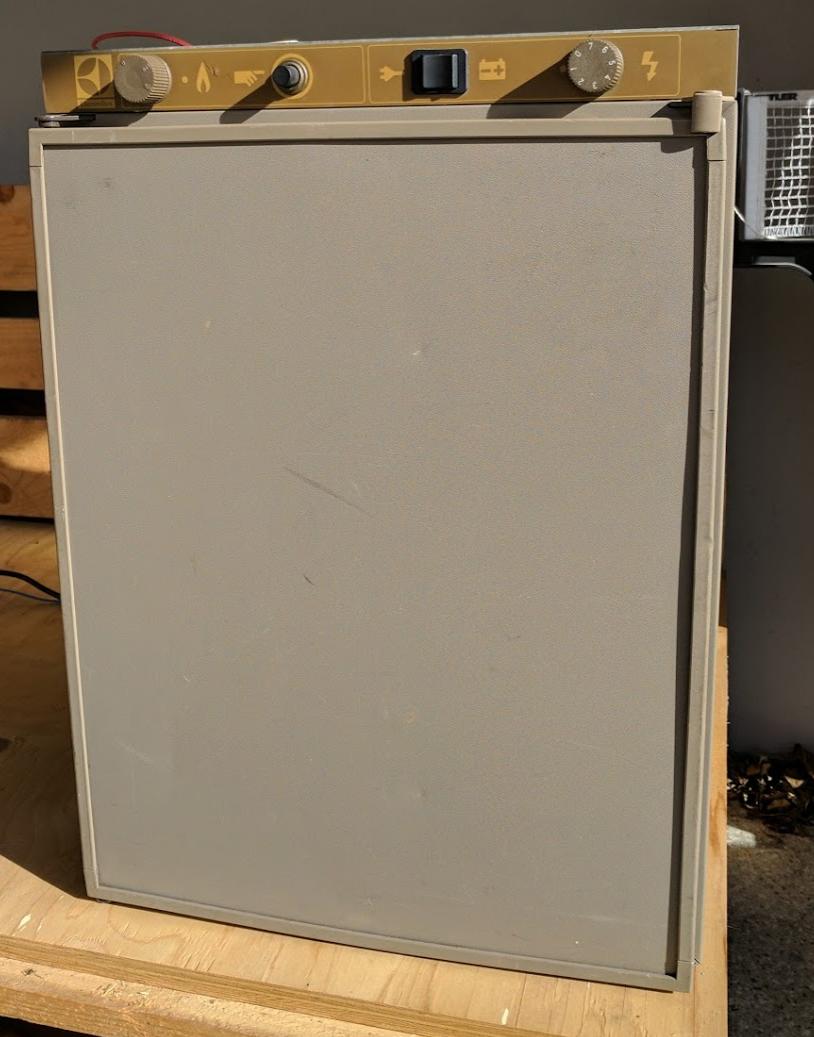 Camping Kühlschrank Electrolux - VERKAUFT - Biete - VWBUSFORUM.CH