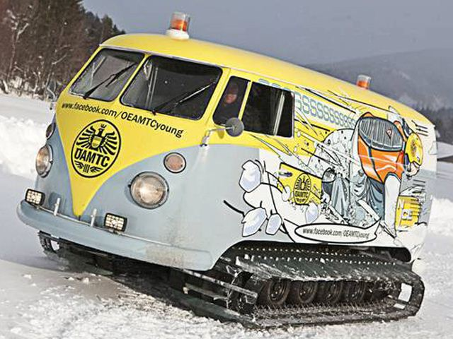 vw-van-turned-into-tank-tracked-party-house-videophoto-gallery-55390-7
