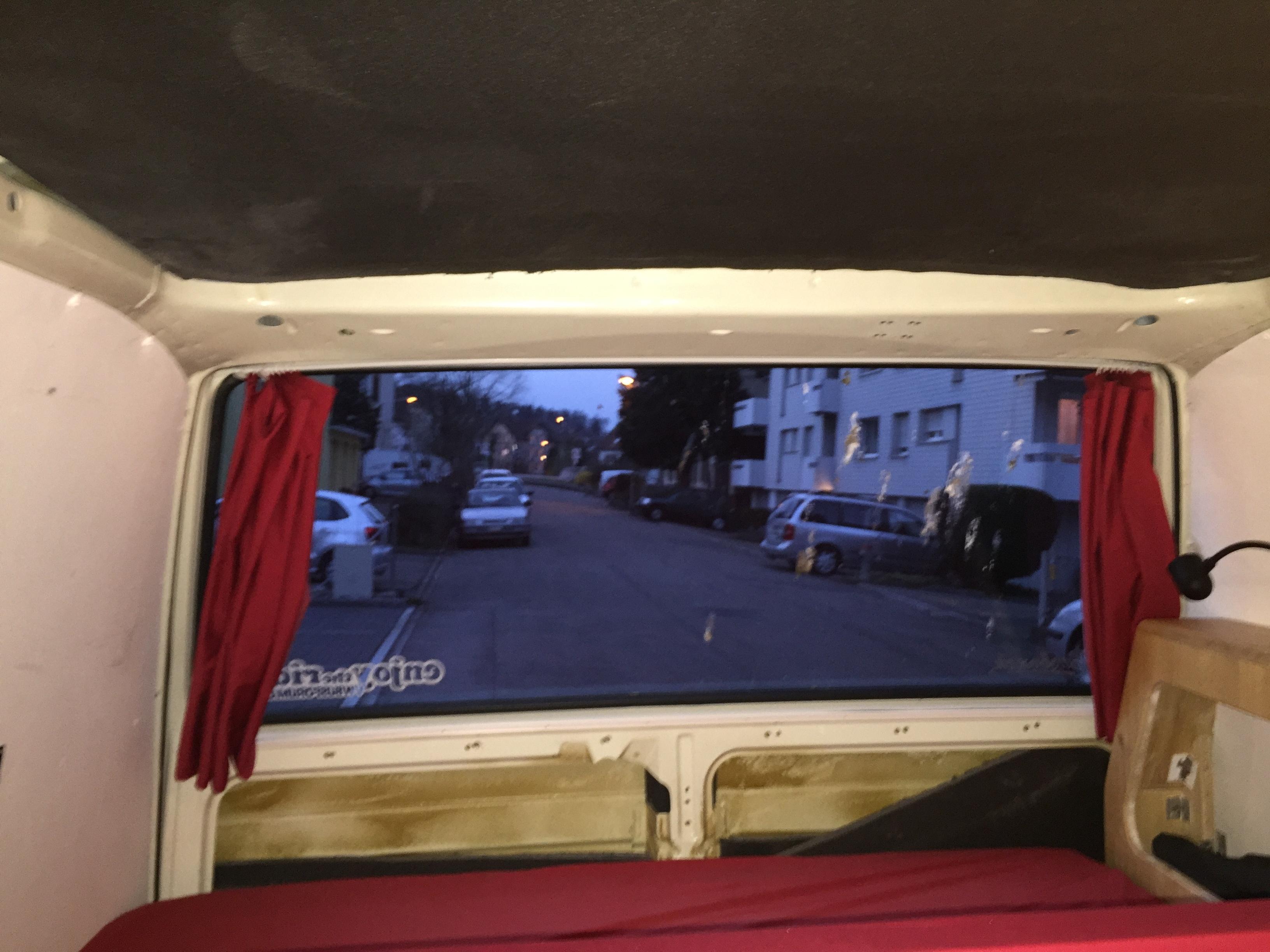 vw bus vorh nge zuhause image idee. Black Bedroom Furniture Sets. Home Design Ideas