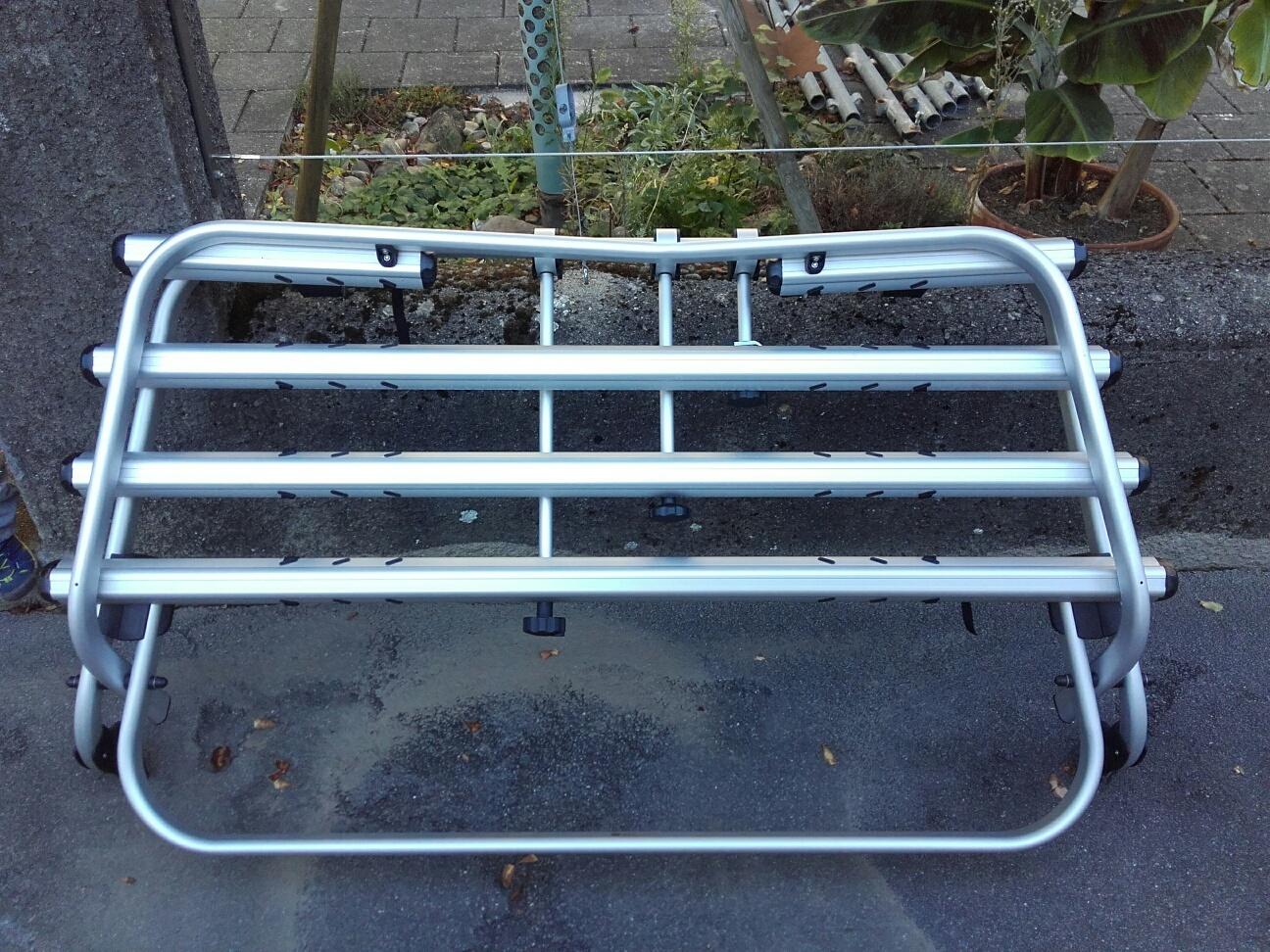 fahrradtr ger vw t5 mit parkschaden g nstig zu verkaufen. Black Bedroom Furniture Sets. Home Design Ideas