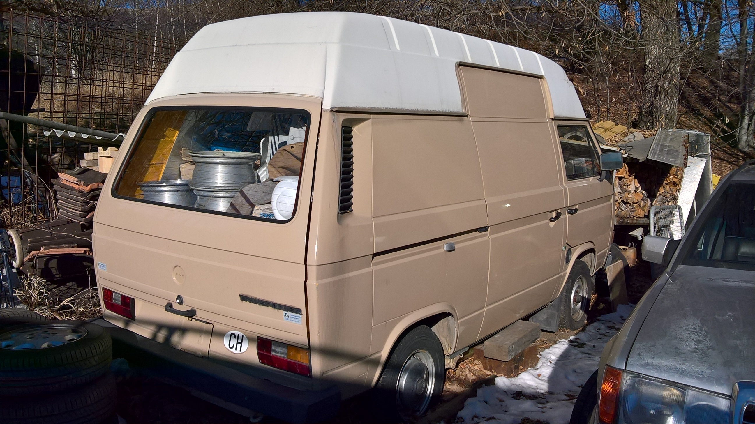 vw t3 transporter 9 pl tzer verkauft neu postbus zu verkaufen biete vwbusforum ch. Black Bedroom Furniture Sets. Home Design Ideas