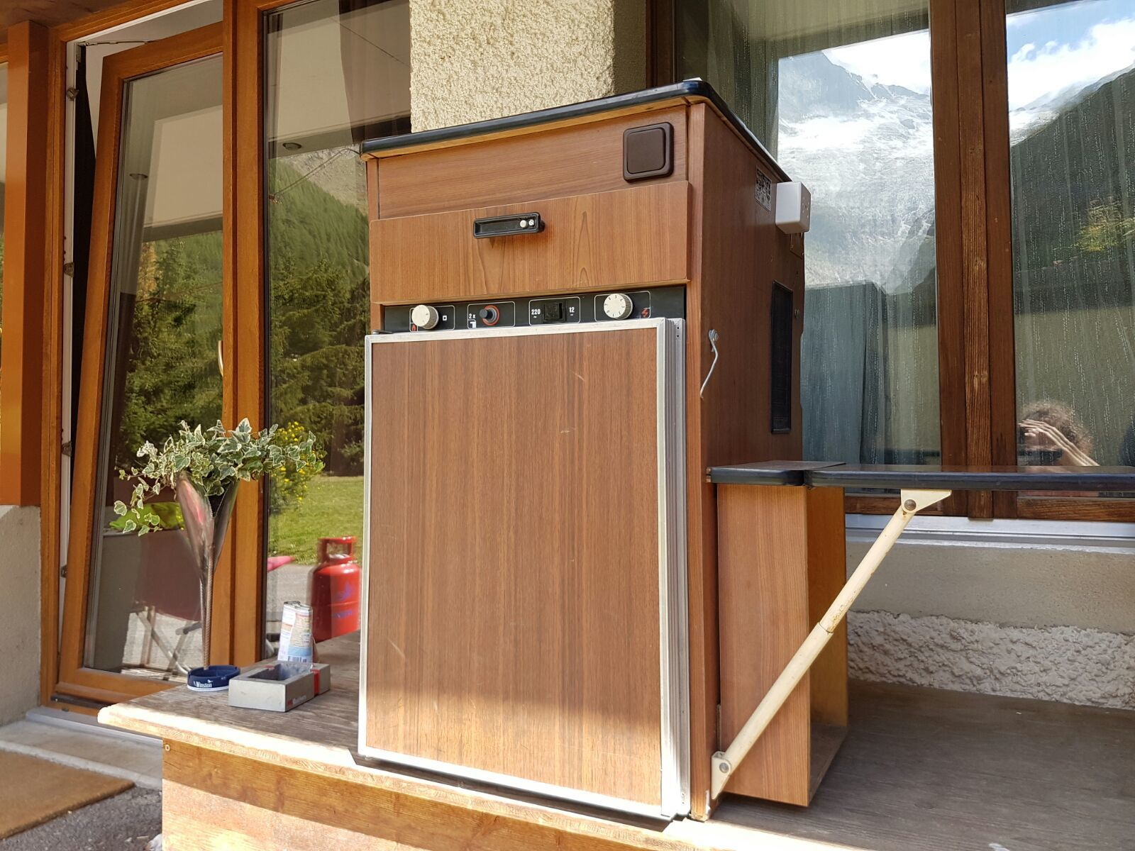 Original t2 lavabo und kühlschrank mit möbel zu verkaufen ...